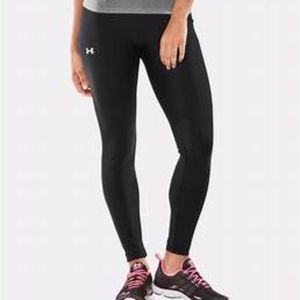 Under Armour Solid Black Fitted Athletic Leggings